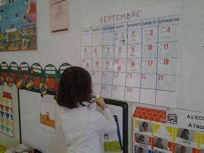 Calendrier Ps.Une Journee En Ps Ms Dans La Classe De Stephanie Ecole